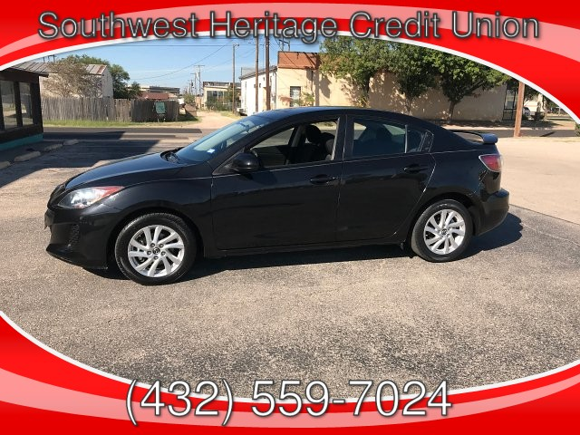2013 Mazda MAZDA3 i Touring AT 4-Door 5-Speed Automatic